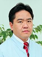 Dr. Claudio Kawakami